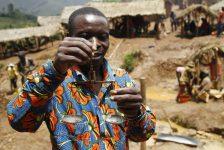 """Nghiệt ngã """"vàng bẩn"""" ở Cộng hòa Dân chủ Congo"""