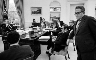"""""""Những ngày cuối cùng của Mỹ ở Việt Nam: Từ Sài Gòn tới Nhà Trắng - Những gì tôi nhìn thấy khi Mỹ thua cuộc"""" (Phần 2)"""