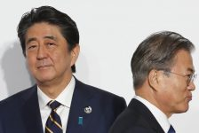 Nhật – Hàn thương chiến, TQ 'ngư ông đắc lợi'