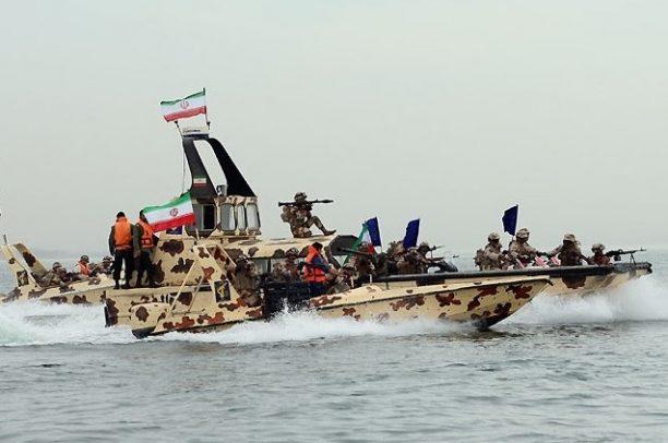 Chiến thuật bất đối xứng của Hải quân Iran trên eo biển Hormuz…