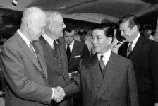 Mỹ hất cẳng Pháp để vào Việt Nam như thế nào?