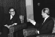 Mỹ bỏ rơi chính quyền Sài Gòn trước giải phóng như thế nào?