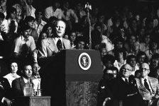 Chiến thắng vĩ đại 30 tháng 4 năm 1975  nhìn từ phản ứng của Mỹ