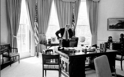"""""""Những ngày cuối cùng của Mỹ ở Việt Nam: Từ Sài Gòn tới Nhà Trắng - Những gì tôi nhìn thấy khi Mỹ thua cuộc"""" (Phần 1)"""